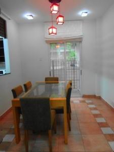 4 bedroom Villa near by Saigon International School, 1800 s.q.m, 4 bedrooms, 3 bathrooms, nice pool and big garde