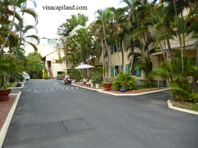 Villa- Dist 10