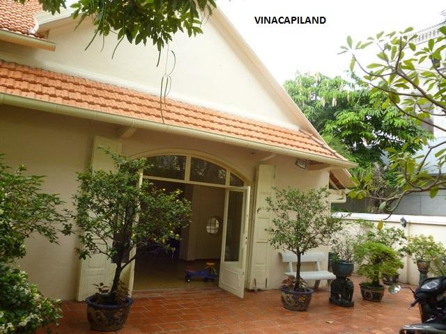 Villa- QHDist 10